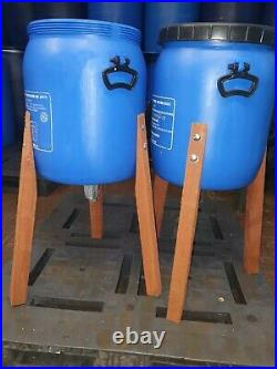 12 x 50kg Spring Pheasant Feeders on a pallet gaming chicken feeders Inc Postage