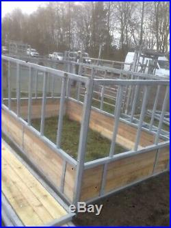 HEAVY DUTY Cattle Silage Hay Feeder with Skirt