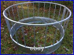 IAE 24 Space Sheep Ring Feeder, also Suitable for Horses And Ponies